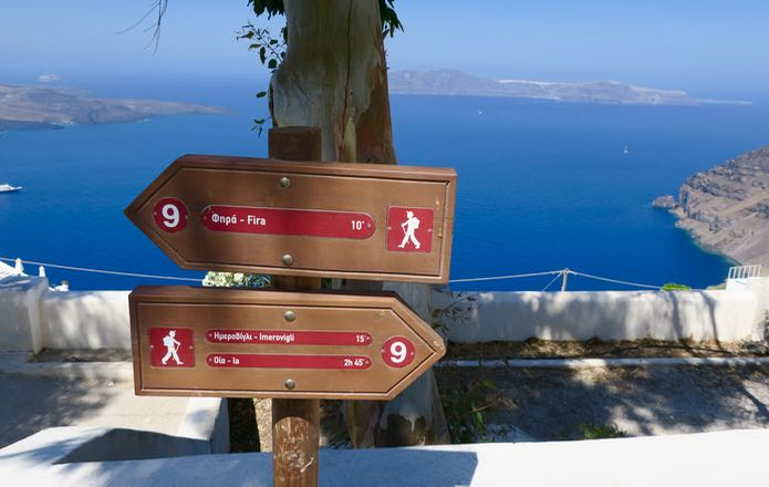 distance-markers-fira-to-oia.jpg